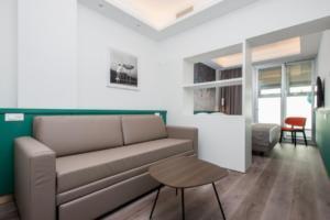 Smart-Hotel-Napoli-206-Superiori-Quadrupla-3